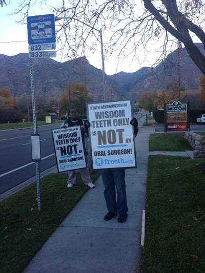 Trooth.Com Picketers
